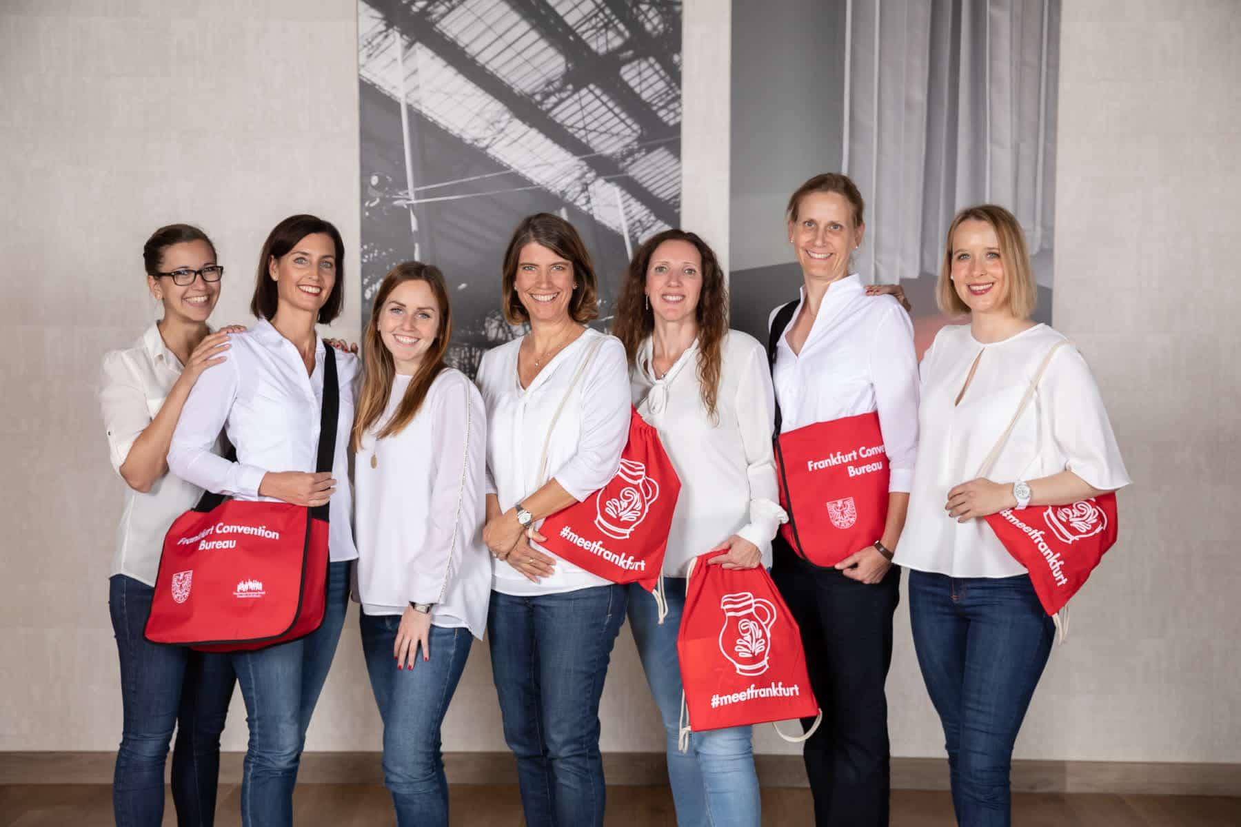 Teamfoto Powerfrauen - Frankfurt Convention Bureau